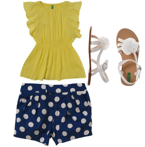 styles for girls yellow tee and blue dot shorts color block